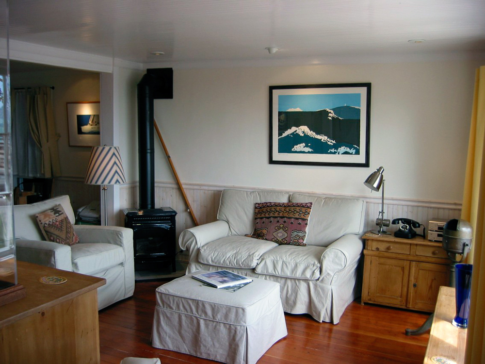 Sausalito vacation house boat rental: A Floating 4BR Home with a
